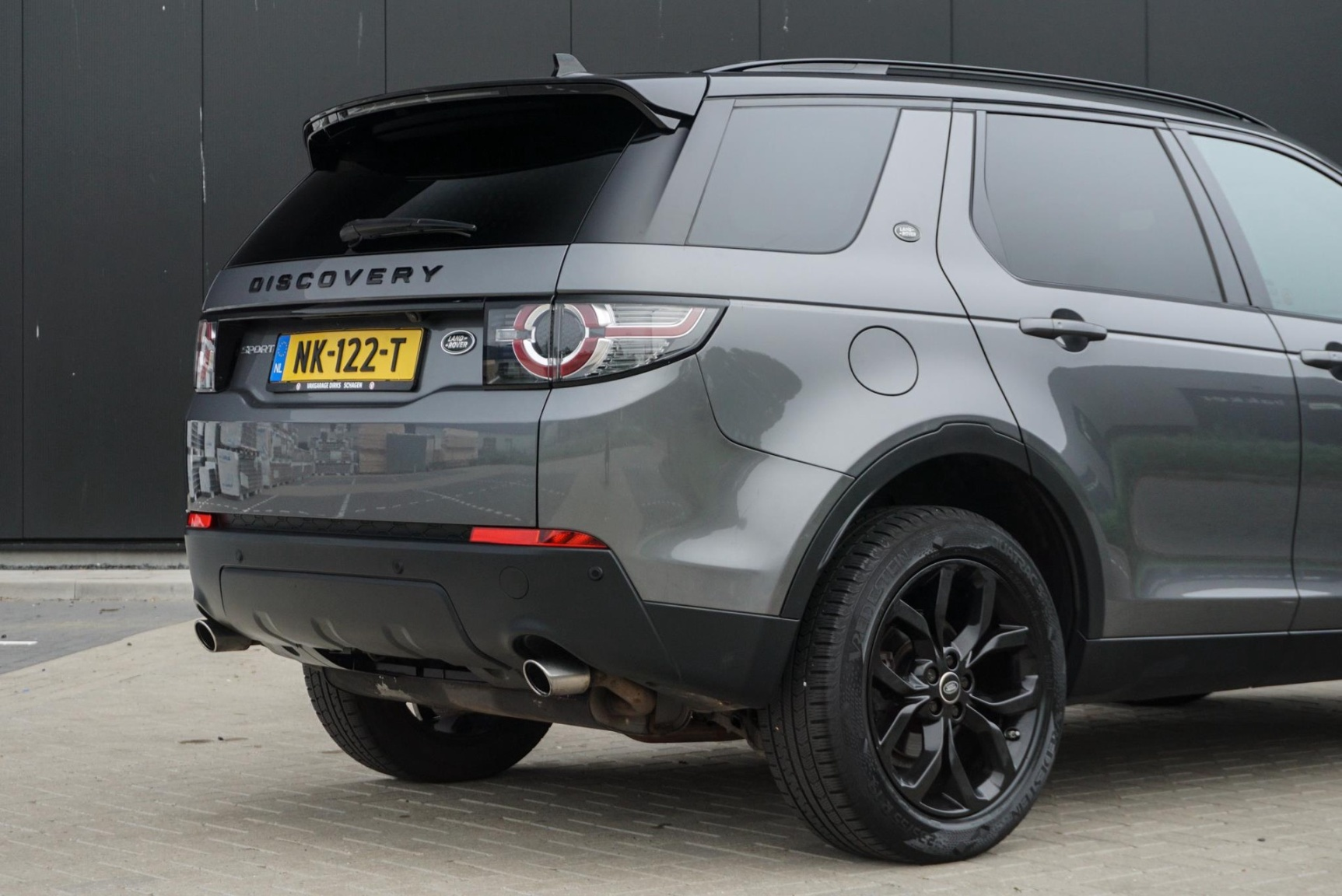 Land Rover-Discovery Sport-4