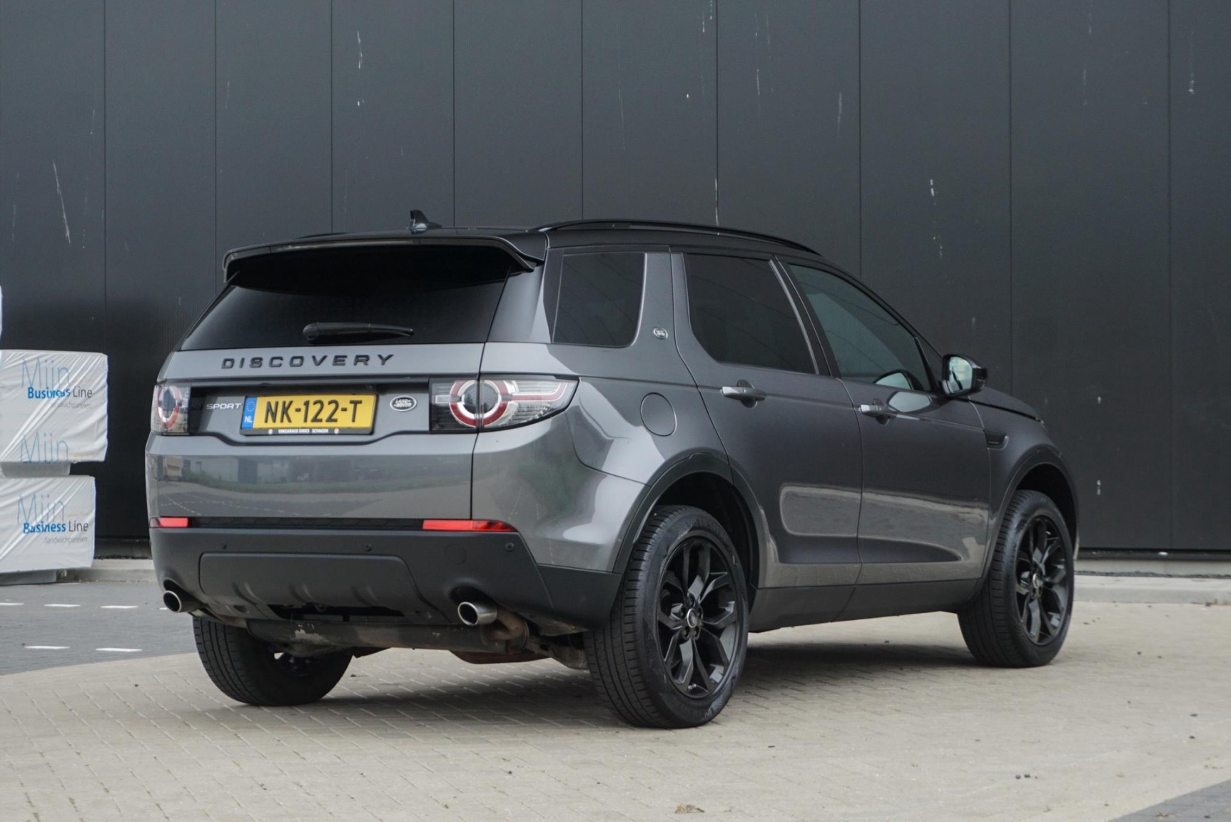 Land Rover-Discovery Sport-37