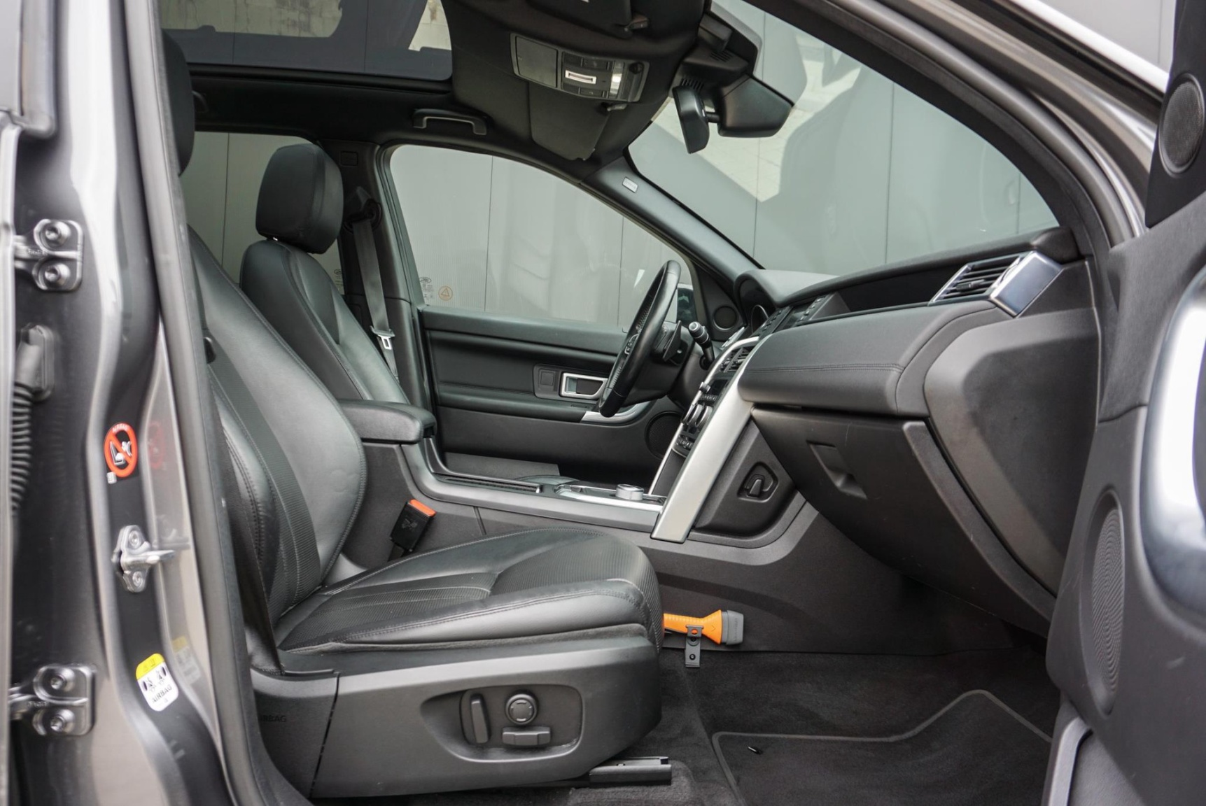 Land Rover-Discovery Sport-14