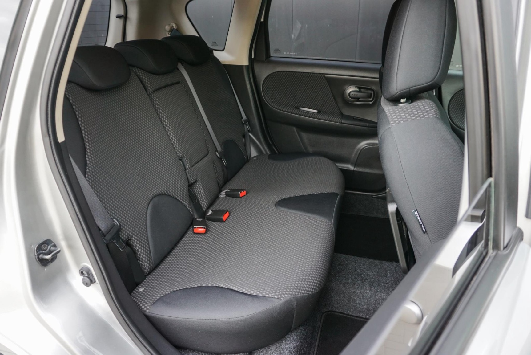 Nissan-Note-15